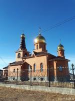 Иконостас в храме во имя святого Николая Чудотворца (с. Мангут, Забайкальский край)