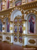 Иконостас (сосна, резьба - кедр, покраска - автомобильная эмаль) с. Баргузин